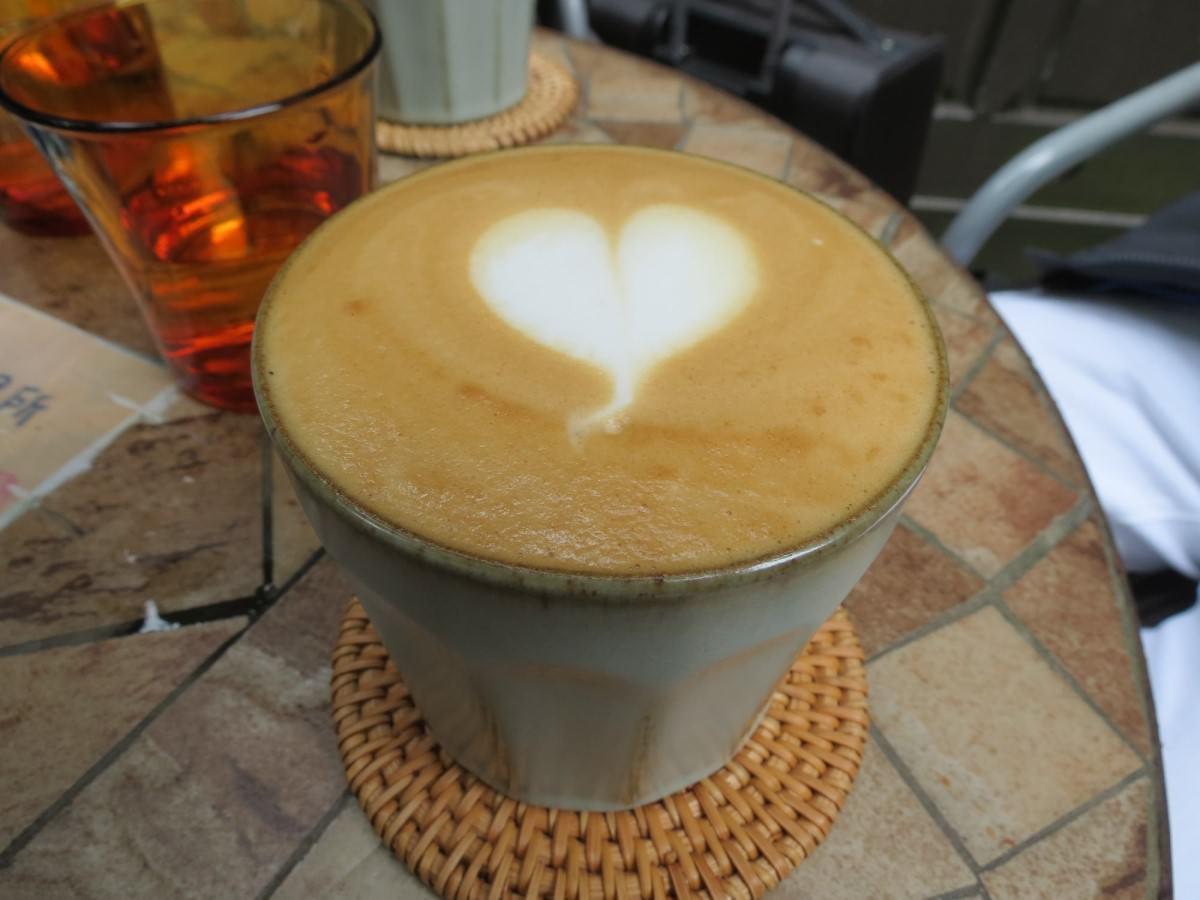 二條通‧綠島小夜曲咖啡廳, 餐點, 原味拿鐵咖啡