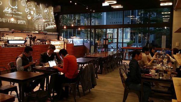 Holly Brown Coffee, 環境空間, 用餐空間