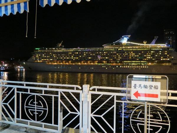 臺馬之星, 西岸旅客碼頭, 2F, 走道