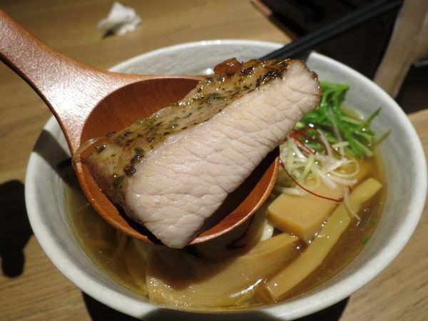 樂麵屋@站前店, 厚豚煮干醬油拉麵