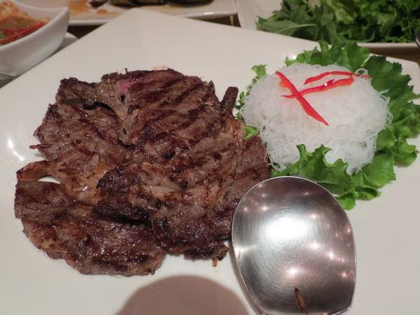 湄河餐廳, 餐點, 泰式烤牛肉