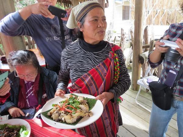 比亞外部落, 桃園縣, 復興鄉, 風味餐, 馬告雞