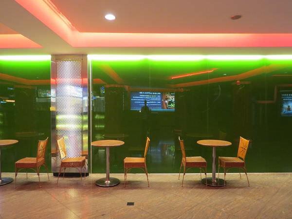 國賓大戲院, 2F, 休憩空間