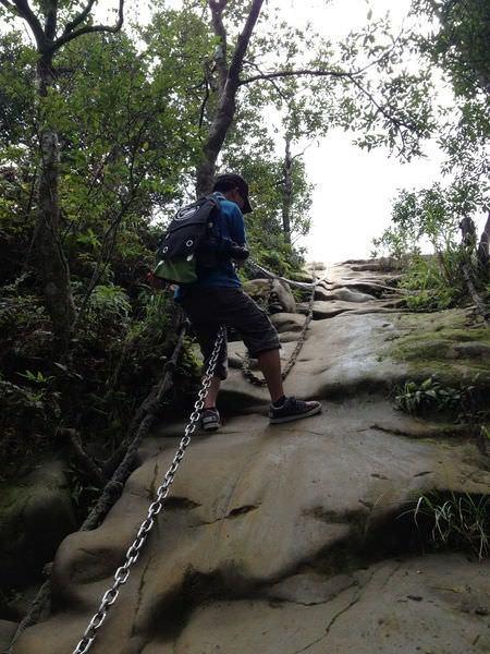 皇帝殿登山步道, 大峭壁
