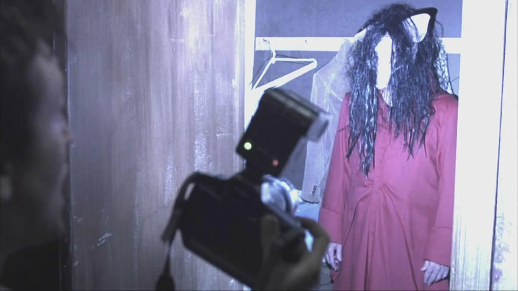 Movie, Saw(美國, 2004年) / 奪魂鋸(台灣) / 恐懼鬥室(香港) / 电锯惊魂(網路), 電影畫面