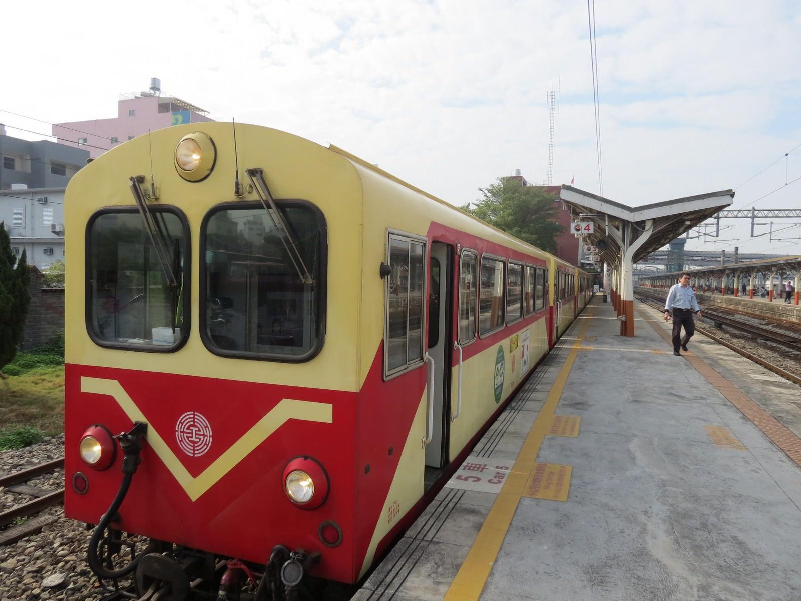 阿里山林業鐵路(森林小火車), 火車