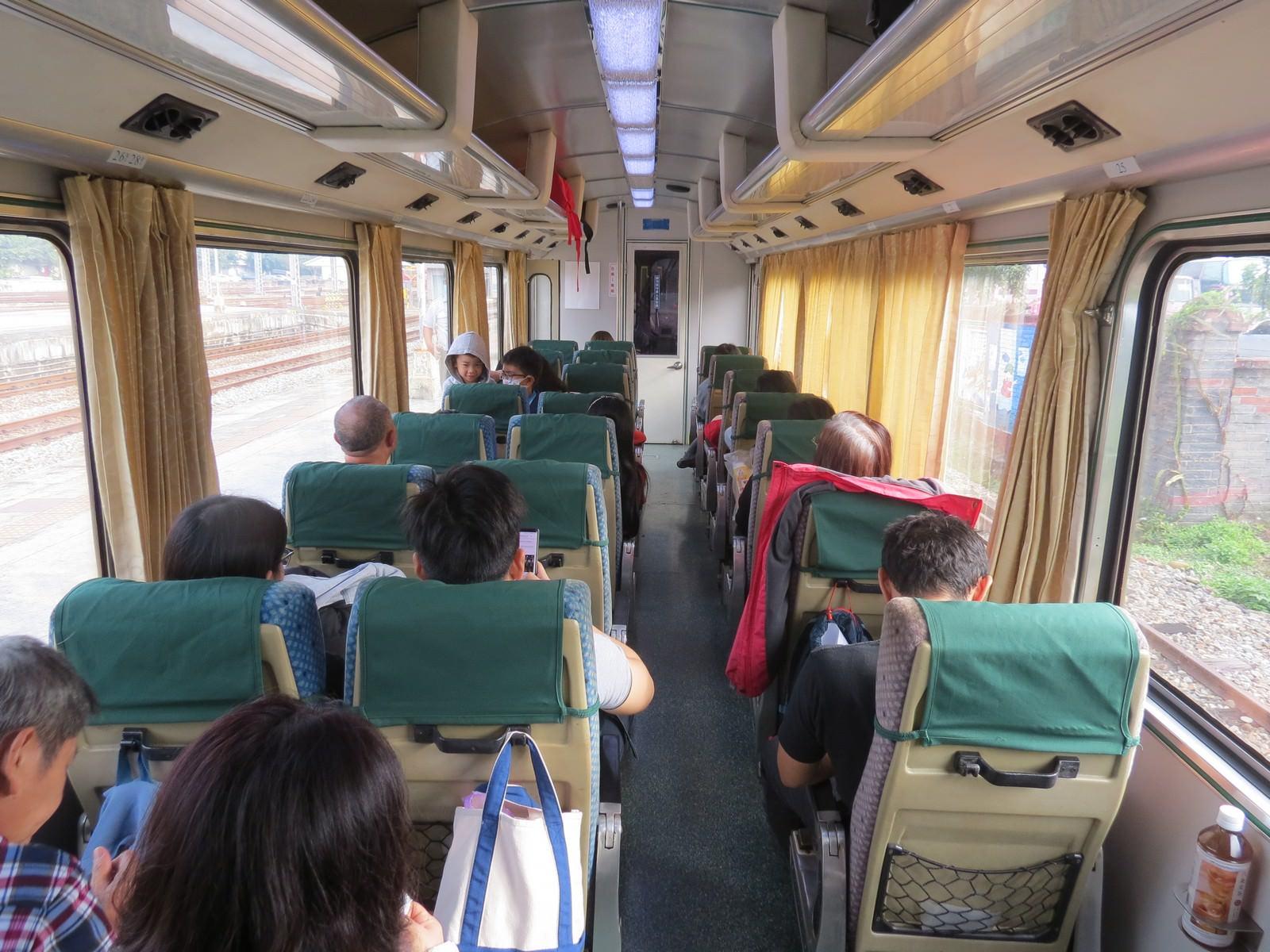 阿里山林業鐵路(森林小火車), 小火車車廂