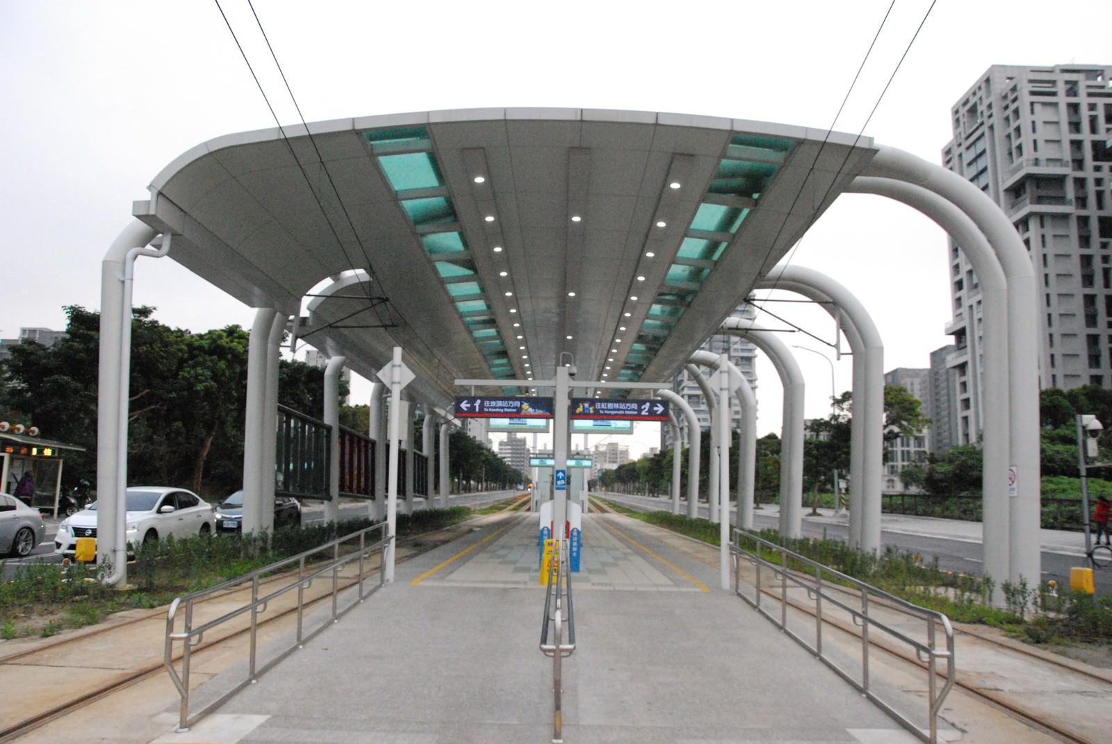 淡海輕軌綠山線, 輕軌濱海沙崙站, 月台